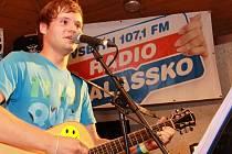 Skupina Proč? z Valašské Polanky při vystoupení na 8. ročníku hudebního festivalu Valašský čagan; Huslenky, Vsetínsko, pátek 24. srpna 2012.