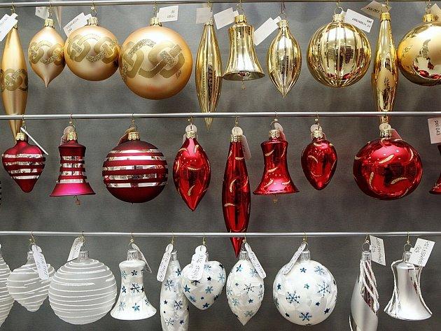 Výroba vánočních ozdob v IRISE ve Vsetíně.