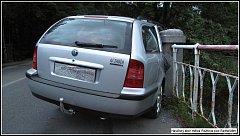 Devětadvacetiletý řidič Škody Octavia nezvládl v sobotu 23. června 2018 nad ránem v Rožnově pod Radhoštěm v opilosti jízdu a narazil do zábradlí mostu. Nadýchal 2,03 promile.