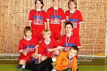 Hráči starší přípravky z Kateřinic patřili na turnaji k fyzicky nezdatnějším a ve finále měli proto nejvíce sil. Odvezli si pohár pro vítěze.