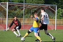 Šlágrem kola v 1. A třídě bylo utkání Valašské Meziříčí B (bílé dresy) – Hrachovec, které skončilo nakonec 4:2 pro domácí.
