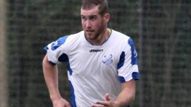 Vysoký stoper Tomáš Dekleva vystřídal Otrokovice a Hodonín, nyní v MSFL hraje za Valašské Meziříčí.