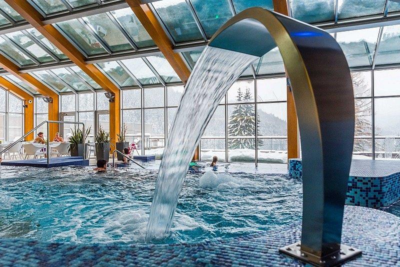 Bazén wellness hotel Horal