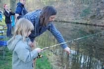 Mladí rybáři soutěží v sobotu 14. dubna 2018 v Mlýnské dolině ve Valašském muzeu v přírodě v Rožnově pod Radhoštěm.