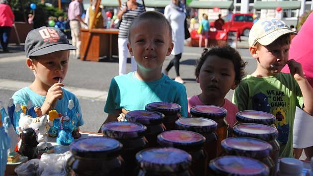 Medový den na náměstí ve Valašském Meziříčí; středa 4. září 2019