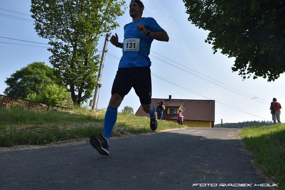 Běh jarním ránem v Popově 2021