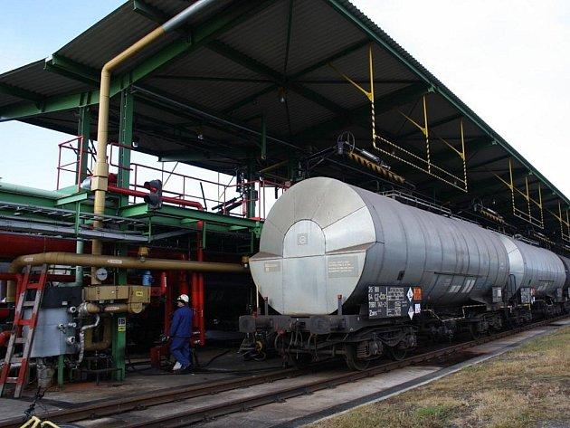 Chemička Deza investovala do ekologizace svých provozů za tři roky tři sta milionů korun.