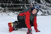 Víkendového lyžování v Beskydech i Javorníkách využily stovky lidí.