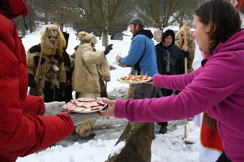 Tradiční obchůzky čertovských družin v Horní Lidči a Študlově