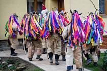 Mikulášské obchůzky patří na Vsetínsku neodmyslitelně také ke Francově Lhotě. V rodišti kardinála Štěpána Trochty mají bezmála stoletou tradici.
