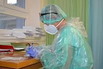 Odběrové centrum pro PCR a antigenní testování onemocnění covid-19 funguje v Nemocnici AGEL Valašské Meziříčí už téměř dva roky. Ilustrační foto.