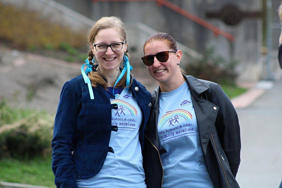 U příležitosti Světového dne podpory autismu připomněli skupinu lidí,kterých se to týká také 2. dubna 2019 ve Vsetíně.