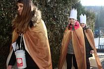 Ve Lhotě u Vsetína chodilo 6. ledna 2018 pět skupin tříkrálových koledníků.  Jednu z 6ffd8dfc0a
