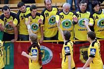 Házenkáři Gumáren Zubří slaví postup do semifinále play off Zubr extraligy.