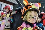 Na sjezdovce u hotelu Horal ve Velkých Karlovicích se konala v sobotu 5. března Maškarní lyžovačka pro děti.