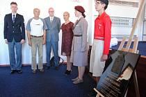 Odhalení pamětní desky legionáři Josefu Poledňákovi na Gymnáziu Valašské Meziříčí; úterý 3. září 2019
