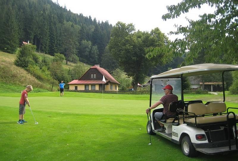 Letní tipy v Resortu Valachy. Golf pro každého.