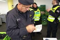 Více než třicet policistů a také pracovníci finančního úřadu a oblastního inspektorátu práce vyrazili v úterý 2.10. 2018 na rozsáhlou razii.