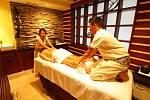 Balijská masáž.