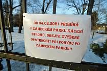 V zámeckém parku u zámku Kinských ve Valašském Meziříčí ošetří na základě dendrologického průzkumu 188 stromů. Jedenapadesát bude třeba pokácet.