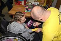 Denní stacionář Anděl v Kelči oslavil v sobotu 14. října 2017 patnáctileté výročí své existence. Oslava se konala v místním kulturním domě. Na programu, jehož tématem bylo cestování kolem světa, bylo taneční vystoupení dětí z místní mateřinky či profesion