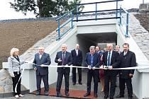 Nový podchod pod železniční tratí si obyvatelé Horní Lidče nemohou vynachválit.