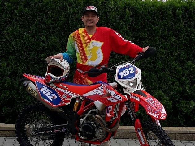 Jiří Třetina jede letos celý seriál mistrovství republiky v cross country.