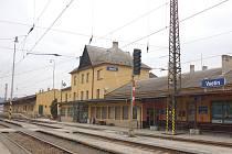 Výpravní budova vlakového nádraží ve Vsetíně se dočká v roce 2012 kompletní rekonstrukce.