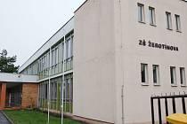 Základní škola Žerotínova ve Valašském Meziříčí. Ilustrační foto.