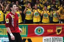 Brankář Zubří Milan Malina, hrdina utkání Zubří - Dukla Praha.