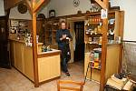 Daniel Trčálek provozuje Starou hospodu v Pržně dvacet let. Za tu dobu měl zavřeno jen na Štědrý den. V roce 2020 mu pandemie nadělila stopku na dva měsíce.