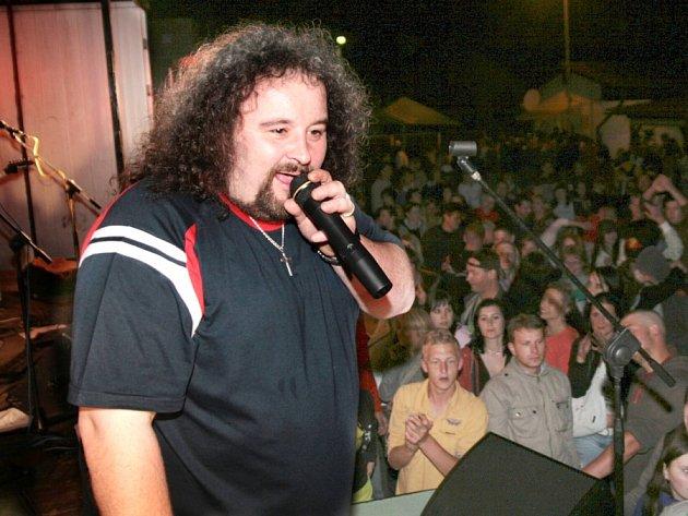 Frontman kapely Stram Jiří Pirník