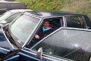 Hudba, příjemná atmosféra, veselí lidé a hlavně nablýskaná americká auta. Tak to vypadalo v sobotu 23. září odpoledne v kempu Ranč Bystřička. Návštěvníci se přišli rozloučit s létem.