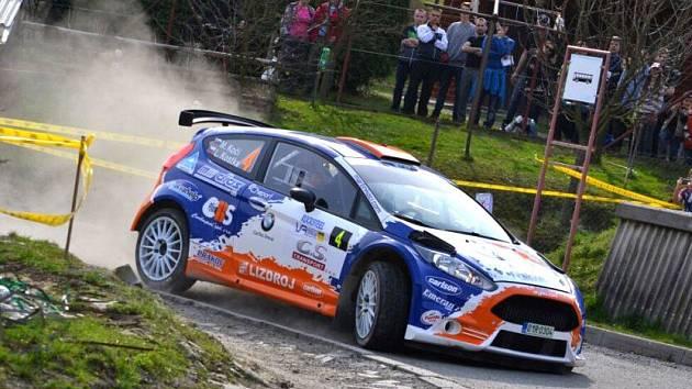 Posádka Martin Koči – Lukáš Kostka na trati Valašské rallye