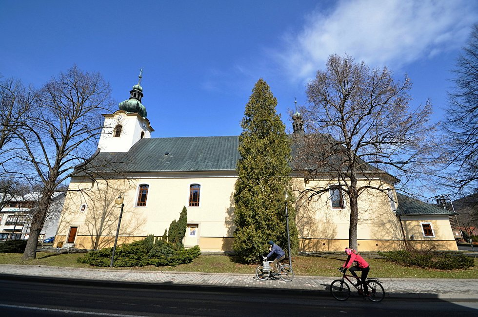 Nový Hrozenkov - kostel sv. Jana Křtitele.