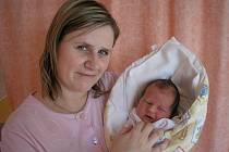 Petra Lušovská s dcerou Amy Lušovskou, 50cm, 3600g, 20. 2. 2010 ve Valašském Meziříčí