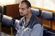 Okresní soud ve Vsetíně uznal Lukáše Šustka vinným z trestných činů krádeže a krádeže ve stadiu pokusu.