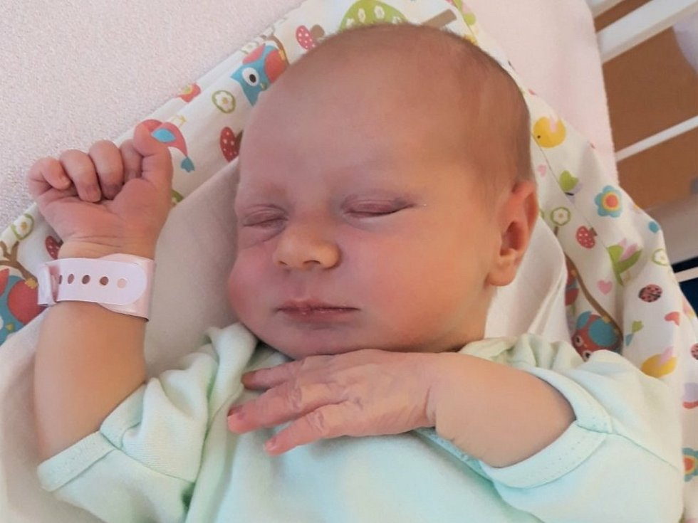 Simona Jiříčková, Kelč, narozena 23. července 2021 ve Valašském Meziříčí, míra 53 cm, váha 3820 g