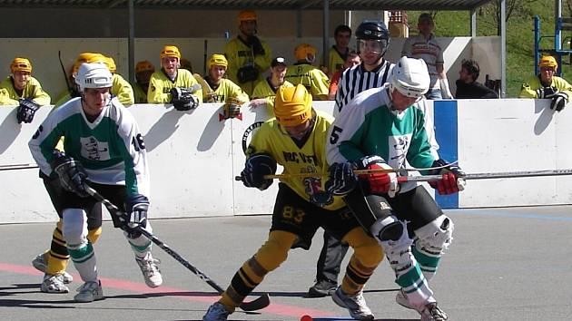 Hokejbalisty čeká rozhodující bitva
