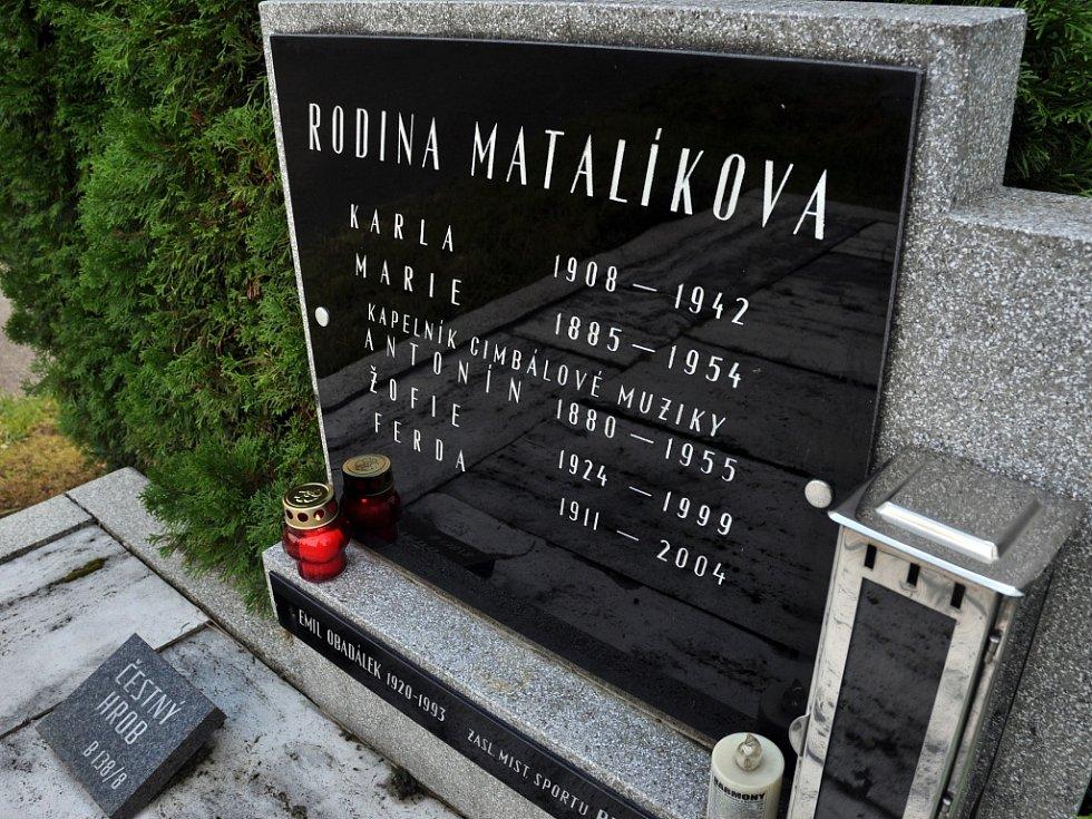 Hrob Antonína Matalíka ve Valašském Meziříčí.