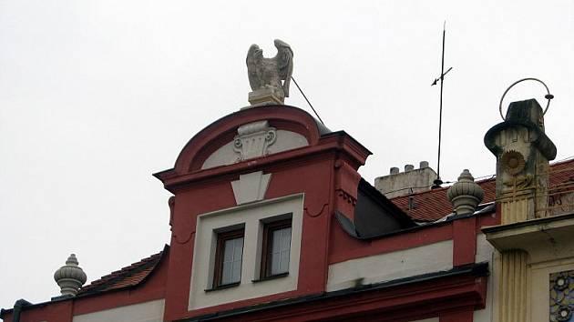 Dům U Černého orla, náměstí ve Valašském Meziříčí
