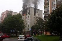 Požár bytu v 6. patře domu v ulici Zdeňka Fibicha ve Valašském Meziříčí; úterý 24. září 2019