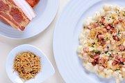 Jedna z nabídek kuchyně hotelu Horal: halušky