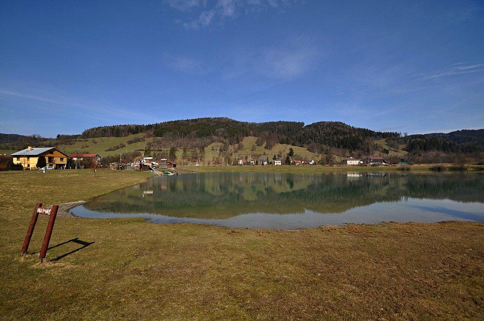 Nový Hrozenkov - přírodní koupaliště Na Stanoch zvané Balaton či Kačák.