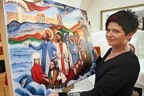Na vsetínském zámku mohli lidé v pátek 6. května dražit originály obrazů, fotografií, skla, soch a dalších výrobků uživatelů Diakonie Vsetín. Největším lákadlem byl obraz Karla Gotta.