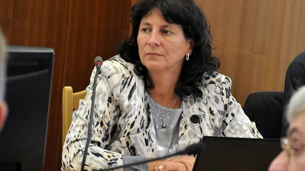 Nová členka vsetínského zastupitelstva a městské rady Martina Hovořáková na zasedání zastupitelstva 21. září 2015