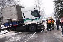 Dopravní nehoda u Lidečka.