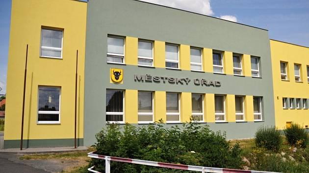 Budova Městského úřadu v Zubří. Ilustrační foto.