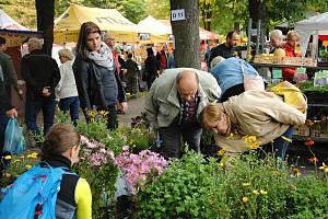 Zahradnické trhy Valašská zahrada a Svatováclavský jarmark v Rožnově pod Radhoštěm; sobota 28. září 2019