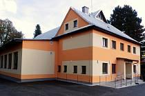 Opravená budova sokolovny v Hošťálkové.